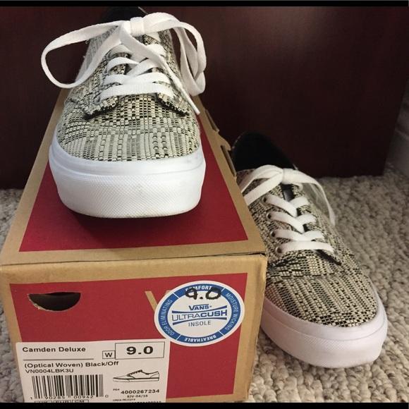 6212a47f8d89 Vans Shoes - Vans Camden Deluxe Women s 9 Black Off White